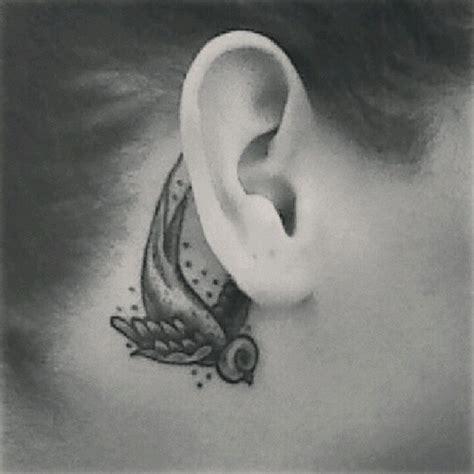 sparrow tattoo behind ear vintage sparrow tattoo www imgkid com the image kid