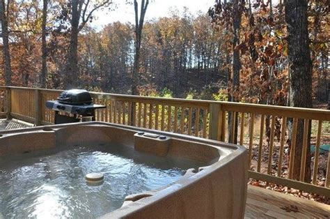 Cabins In Branson Mo With Tubs by Bathtub Picture Of Amazing Branson Rentals