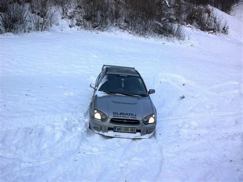 subaru impreza in snow subaru impreza in the snow by cmacsti on deviantart