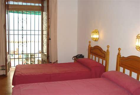 los patios cordoba hotel hotel los patios en c 243 rdoba desde 16 destinia