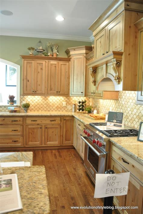 maple or oak cabinets 11 best for the home images on pinterest home ideas