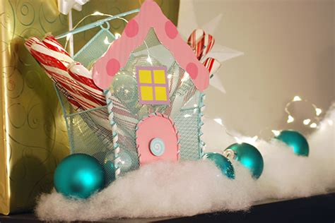 christmas candyland images diy candyland decorations tree the budget decorator