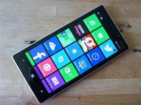 nokia windows phone nokia lumia 930 review is this the windows phone you ve