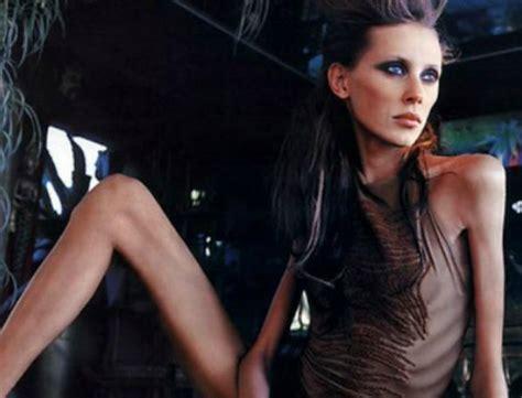 france bans super skinny models france bans extremely thin models mina report