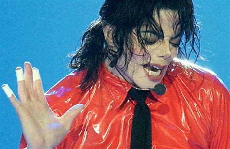 biography of michael jackson in hindi michael jackson s final days will now be told in lifetime