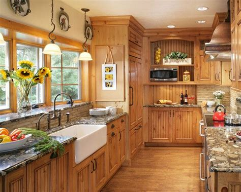 yellow pine kitchen cabinets the 25 best knotty pine kitchen ideas on