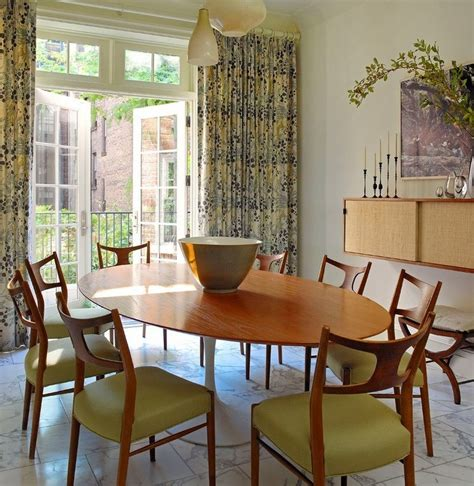 oval room restaurant furniture dining room enchanting picture of modern dining room decoration saarinen oval dining