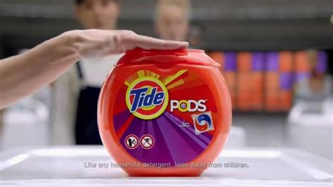 tide pods tv spot waitress ispottv who is the in tide pods commercial tide pods tv spot de