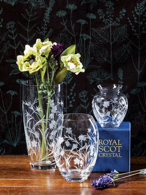 Hand Cut Crystalware   Meadow Flowers Tall Vase (Gift Boxed)