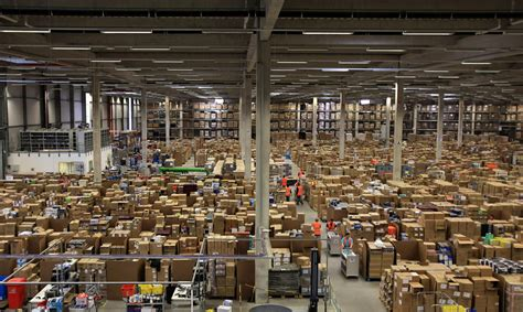 inside amazon inside the amazon warehouse iamfatterthanyou com
