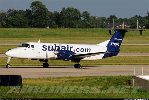 beech 1900c suburban air freight aviation photo 1981451 airliners net