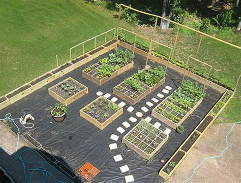 Raised Bed Garden Layout Design Home Vegetable Garden Design Interior Design Ideas