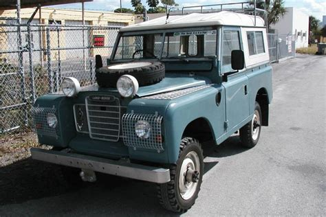 land rover series 3 off road 1975 land rover series 3 4x4 off road vehicle aucton