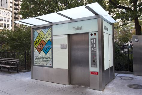 public bathrooms in nyc bloomberg falls short on public restrooms new york post