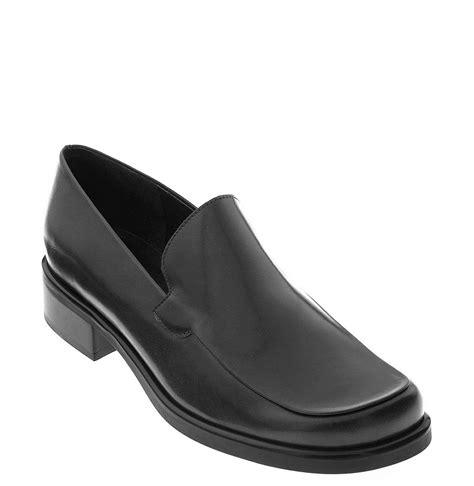 franco sarto bocca loafers franco sarto womens bocca loafer in black black calf lyst