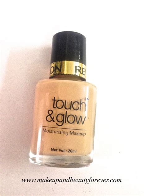 Revlon Touch And Glow Foundation revlon touch and glow moisturising makeup foundation review