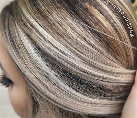best hair color for a hispanic with roots best 25 brunette with blonde highlights ideas on pinterest