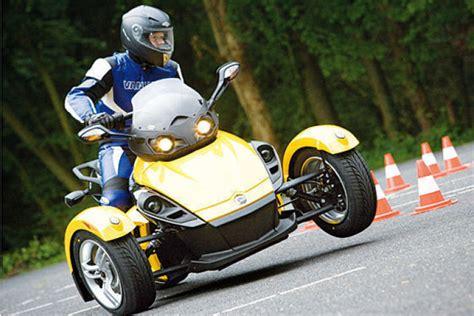 Dreirad Motorrad T Rex by Fotos Brp Can Am Spyder Roadster Bilder Autobild De