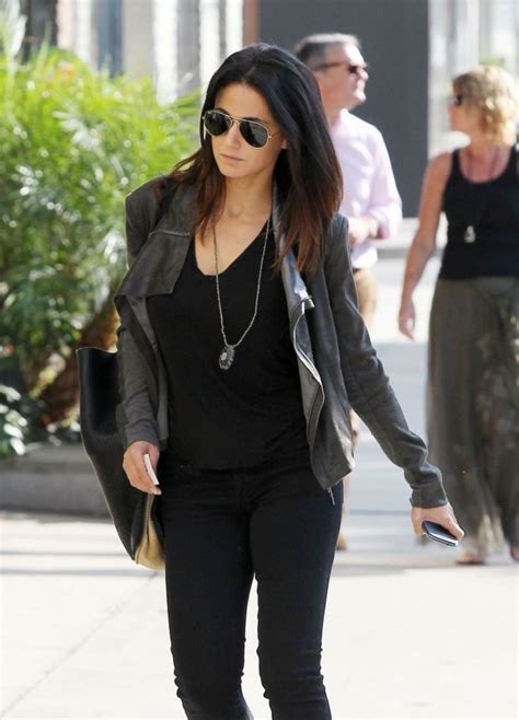 Shopping On Robertson by Emmanuelle Chriqui Shopping On Robertson Blvd Celebzz
