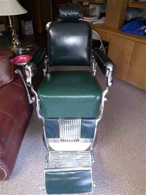 Belmont Barber Chairs For Sale by 2 Takara Belmont Barber Chairs