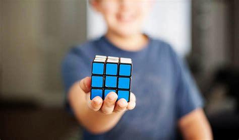video tutorial bermain rubik 3x3 cara bermain rubik menyelesaikan dan manfaat