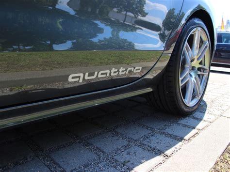 Originale Audi Aufkleber by Audi Original Aufkleber Set Quot Quattro Quot In Florettsilber