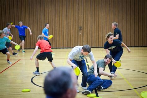 themes for group games group game ideas games for large groups pinterest