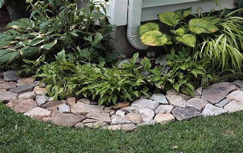 stone flower bed border stone flower bed edging ideas