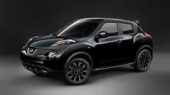 Nissan America Nissan Juke 174 S Shown In Sapphire Black With Optional