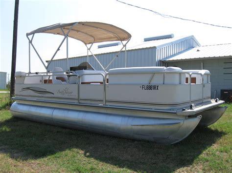 smoker craft pontoon 2004 smoker craft sun chaser 820 20 pontoon used