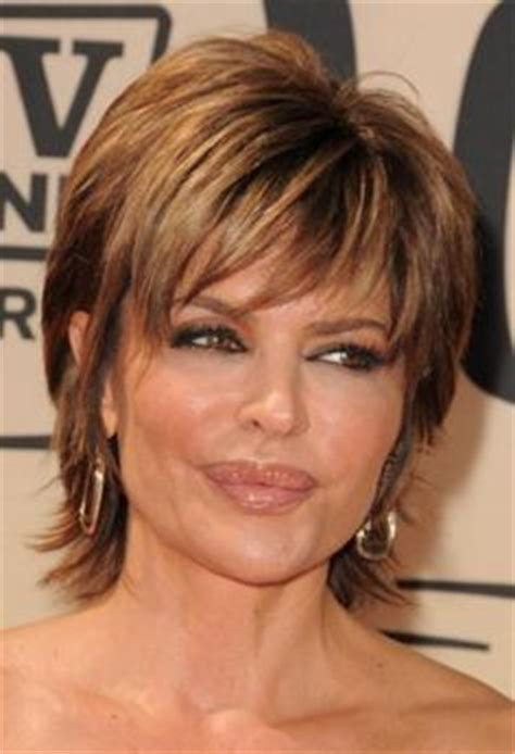 is lisa rinnas hair thick lisa rinna short hairstyle latest hair styles cute