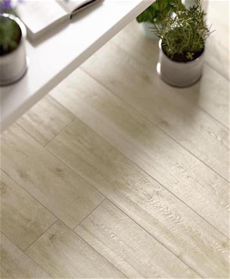 piastrelle finto legno marazzi gres porcellanato effetto legno colore bianco marazzi
