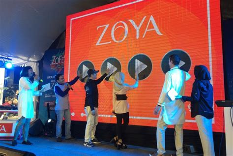 Kerudung Sekolah Cermat By Zoya zoya luncurkan 10 style kerundung sekolah republika