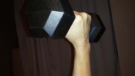 bicep tendonitis bench press best position for biceps curls or bench presses maria