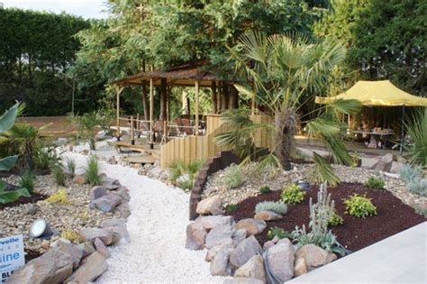 Massif Decoratif Jardin by Massif Decoratif Jardin D 233 Co Jardin Bambou Horenove