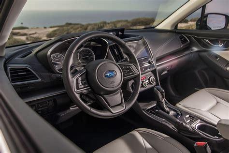 interieur auto top 10 best car interiors of 2017 wardsauto 187 autoguide