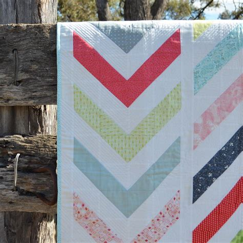 lickety modern chevron quilt favequilts