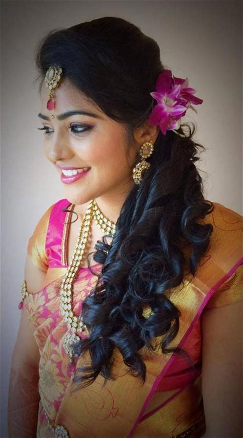 Wedding Hairstyles Up For Ceremony For Reception by Hindu Bridal Hairstyles 14 Safe Hairdos For The Modern