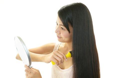 cara catok rambut secara alami cara menebalkan rambut secara alami alodokter