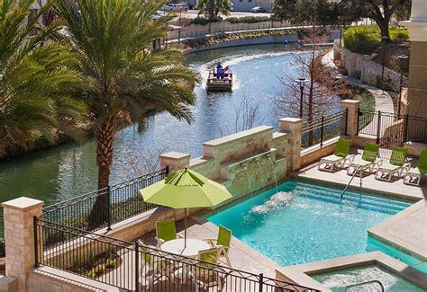 Contessa Chair Wyndham Garden Riverwalk San Antonio Hotel Oilfield