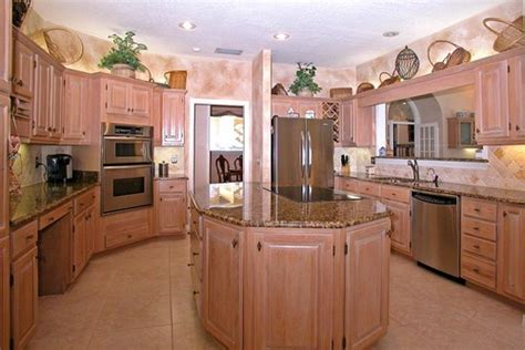 Houzz Oak Kitchen Cabinets Kitchen Cabinets And Paint