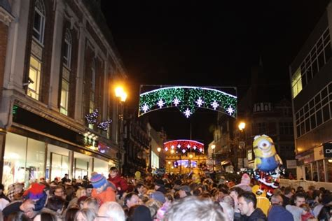 christmas lights up lincoln the linc
