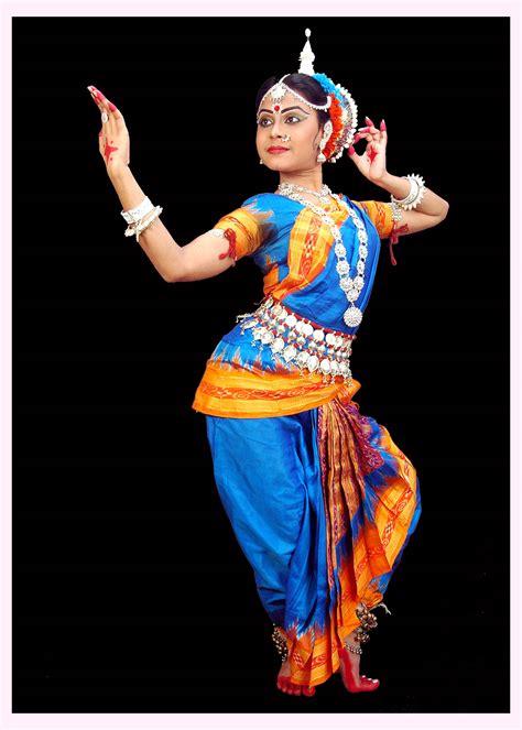 hairstyles for indian dance odissi aka orissi odisha east india indian classical