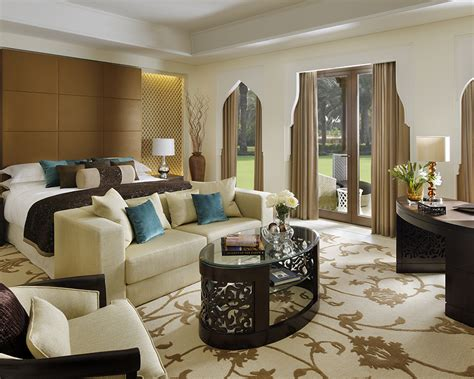 only one room luxury accommodation dubai the palm one only resorts