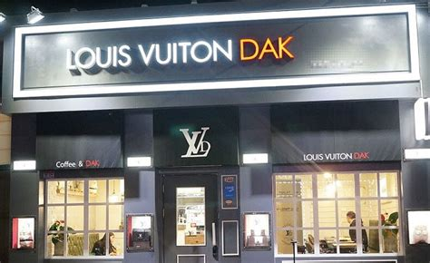 comfort food restaurant names brandchannel trademark watch louis vuitton fried chicken