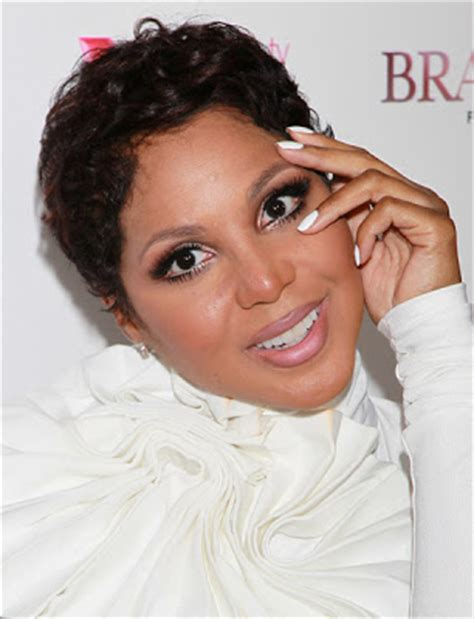 short curly hair on toni braxrton and similar short curl y hairstyles on on black women the house of fabulous quot the braxton family values quot premiere