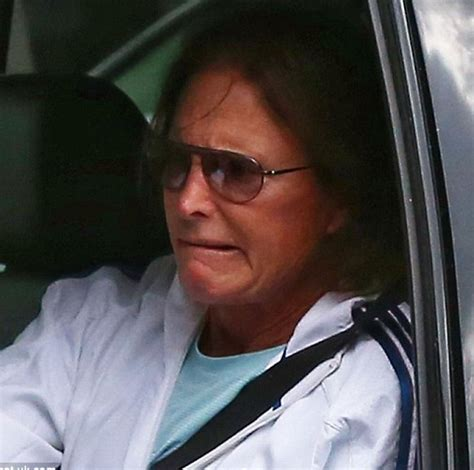whats bruce jenners deal bruce jenner is being harassed and jeered in public