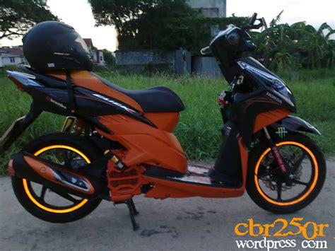 Modif Stiker New Blade Honda Orange 1 modif vario techno ala click b o edition arif setiawan