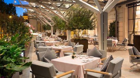 restaurant le w terrasse best restaurants in the peninsula
