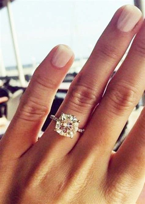 Engagement Rings On by 17 Best Images About Wedding Rings Bands On